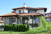 Villa in Bulgaria, North Sunny Beach: Villa on the Black Sea exterior