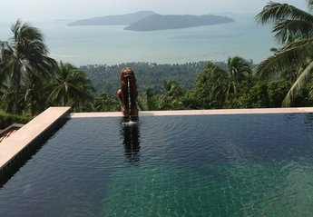 Villa in Thailand, Baan Taling Ngam: Infinity Pool & View
