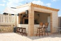 Apartment in Spain, Pinoso: bbq kitchen /bar  with music for those alfresco dining/drinking