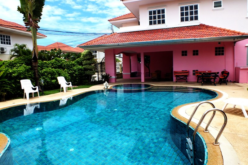 Villa in Thailand, Jomtien: Great Large Private Pool!