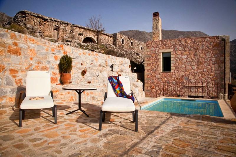 Villa in Greece, sfakia: swimmig poll