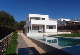 New designer villa in Binincollet
