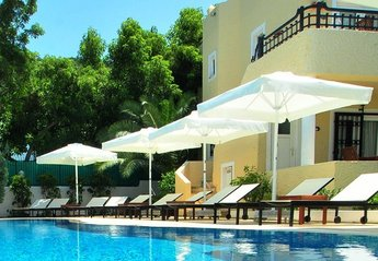 2 bedroom Apartment for rent in Torba