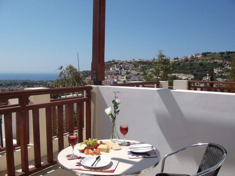 Studio apartment in Cyprus, Peyia: Sensational views