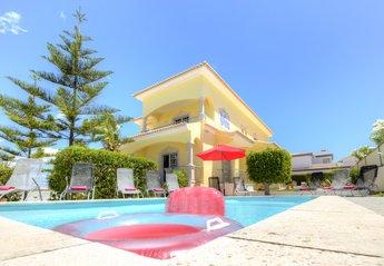 Villa in Portugal, Bela Vista
