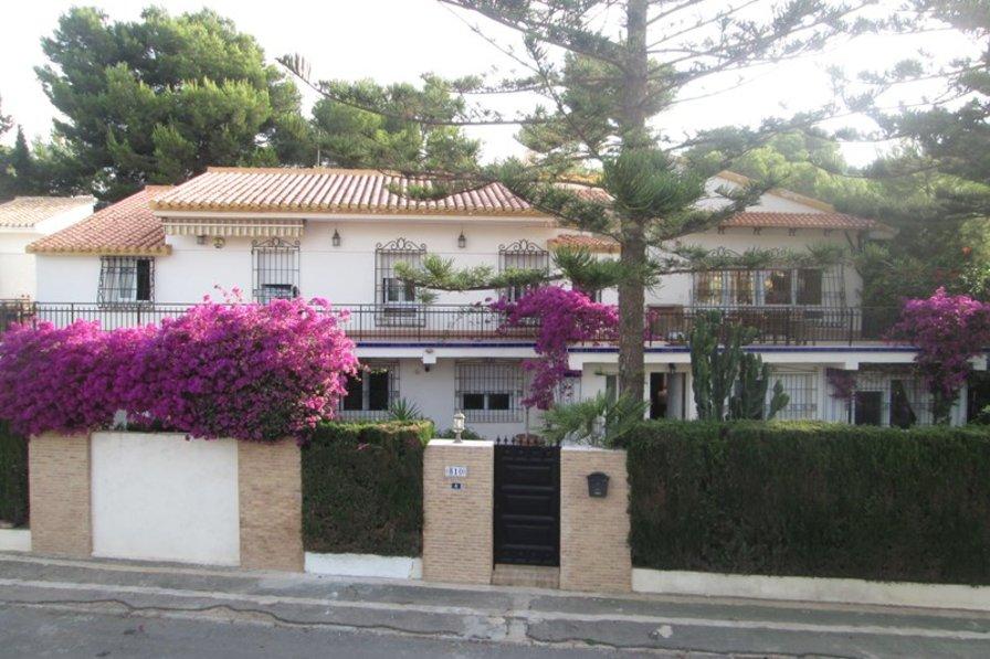 Villa in Spain, Aguamarina: front of villa