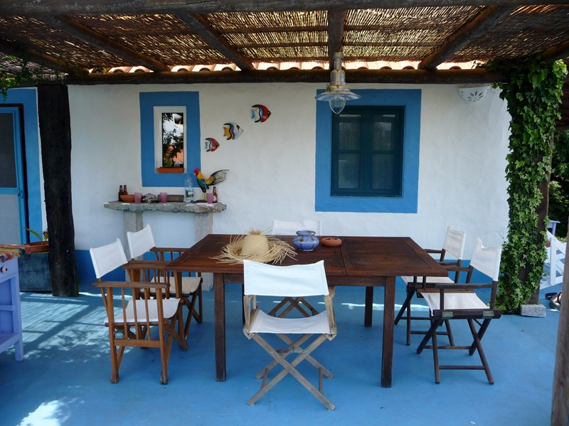 Country house in Portugal, Comporta: Enjoy the end of the day at the big dining table