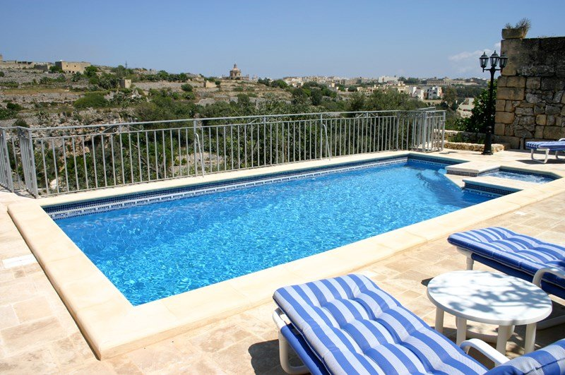 Villa To Rent In Kercem Malta With Private Pool 118190