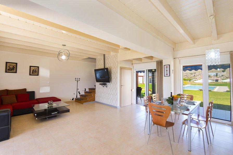 Owners abroad Elladas villas 9