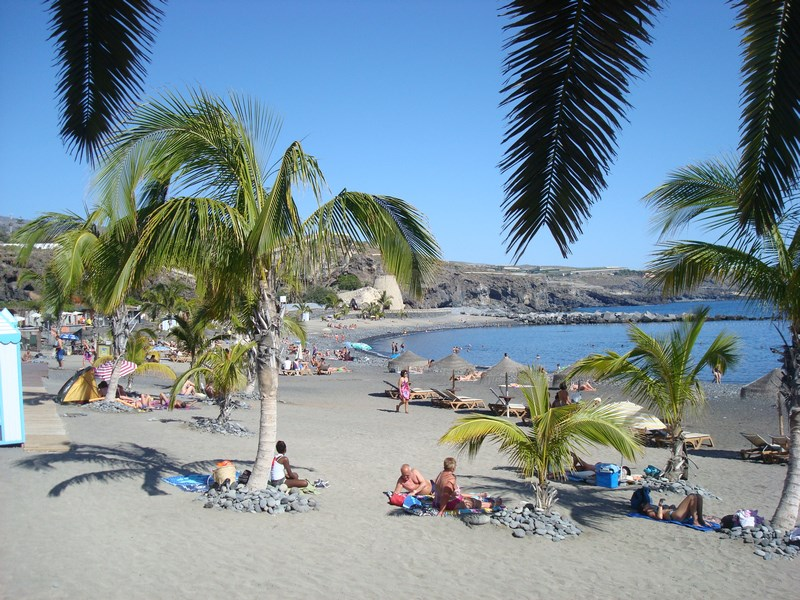Apartment in Spain, Playa de San Juan: This beach is just 15 metres from the apartment!