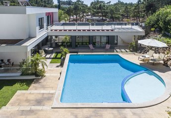 4 bedroom Villa for rent in Troia