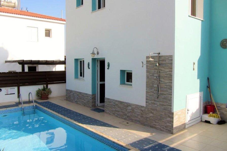 Two bedroom villa Trinity