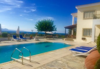 Villa in Cyprus, Polis Chrysochou: Villa Demetra(WI-FI,sea & mountain view,1km away from beach,swi..