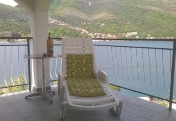 Villa in Montenegro, Tivat: sunbathe on one of the 3 balconies  look out over Kotor Bay