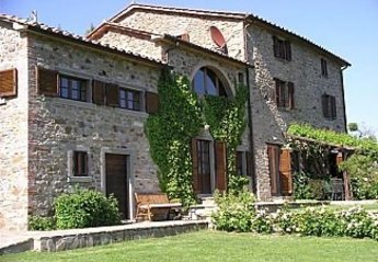 5 bedroom Villa for rent in Florence