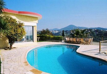 7 bedroom Villa for rent in Nice