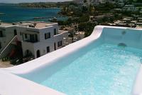 Villa in Greece, Paros: Mini pool-spa up on the terrace-veranda
