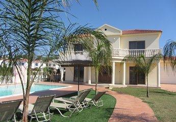 5 bedroom Villa for rent in Nissi Beach