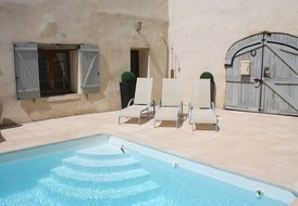 Stunning French Riviera House with private heated pool.