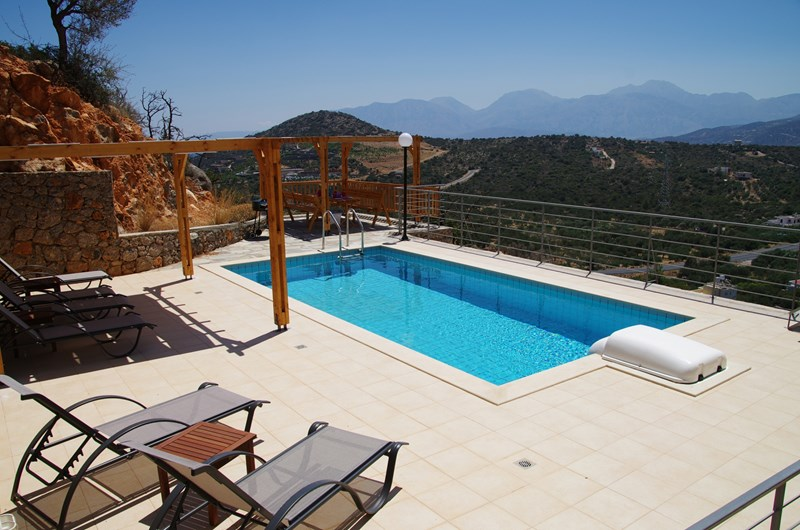 Villa in Greece, Kritsa: Pool terrace with amazing views