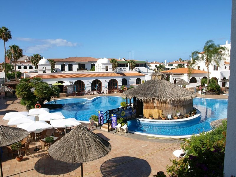 Apartment in Spain, Amarilla Golf: The gorgeous swimming pool complex