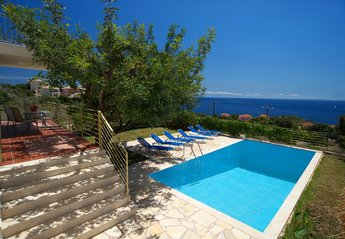 3 bedroom Villa for rent in Skala