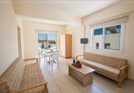 86790 Napa Charles A1 One bedroom apartment in central Ayia Napa