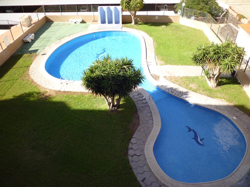 Apartment in Spain, Los Cristianos: The lovely swimming pool complex