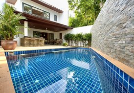Elegantly Furnished Pool Villa near Choeng Mon