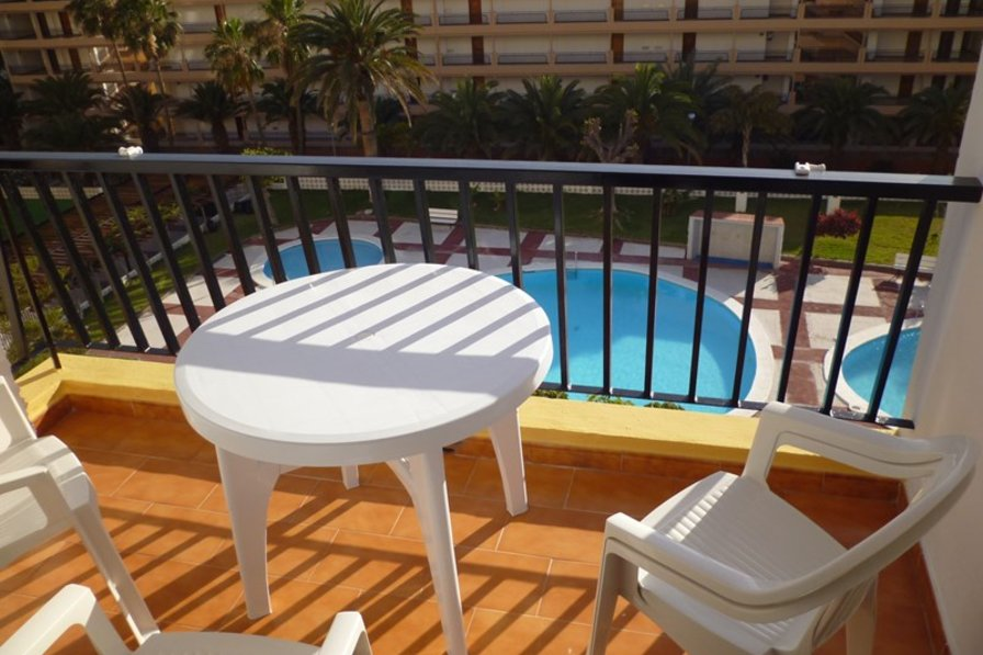 Apartment in Spain, Los Cristianos: The lovely sunny balcony