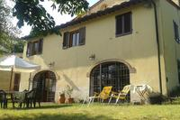 Country_house in Italy, Montespertoli: The house with the garden