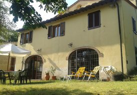 Rustic country house near Florence ideal for families or adults