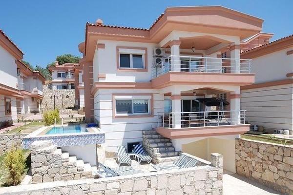 Villa in Turkey, Town Centre