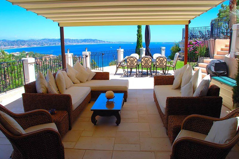 Villa in France, Théoule-sur-Mer: Outdoor Lounge Terrace