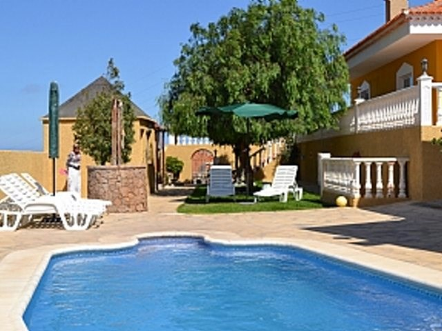 Villa in Spain, South Tenerife: Stunning pool