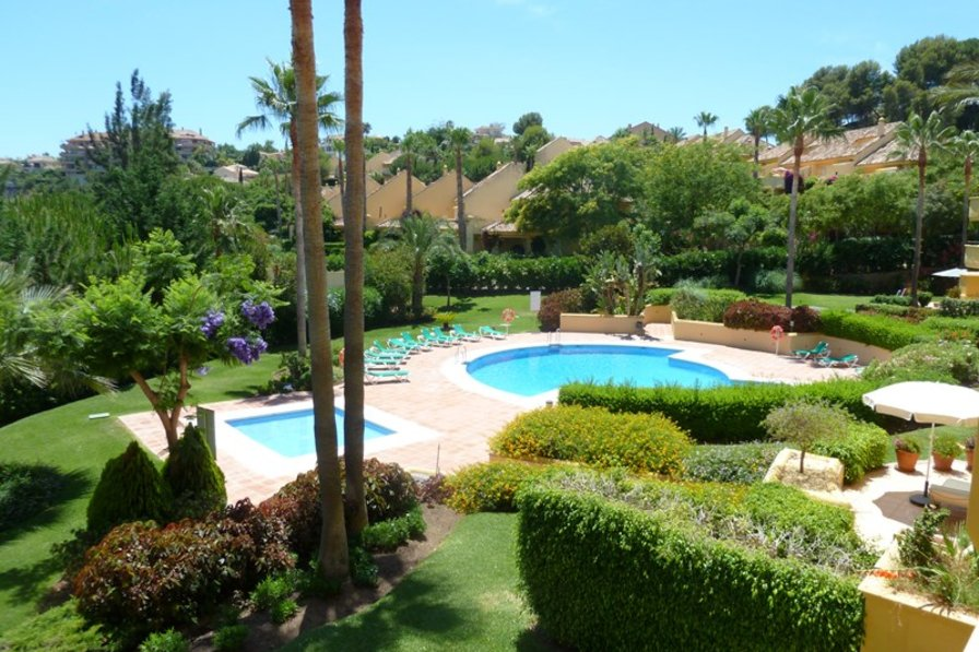 Apartment in Spain, Río Real Golf: View of back garden from terrace