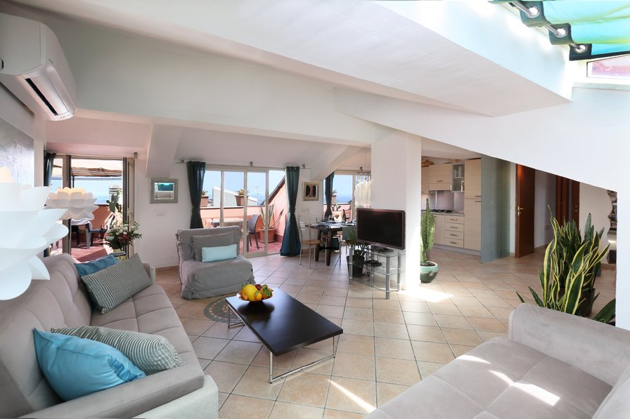 Penthouse apartment in Italy, Taormina