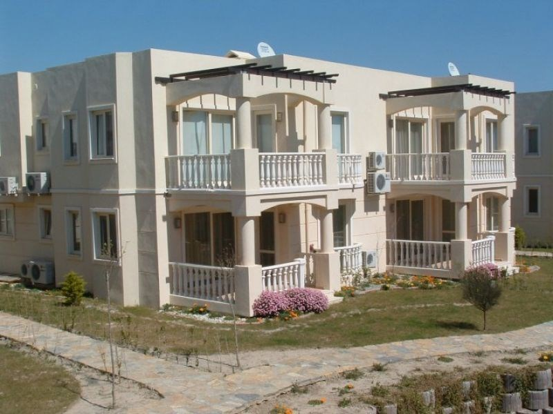 Apartment in Turkey, Tuzla Lake: Apartment (2nd Floor Penthouse) with roof terrace