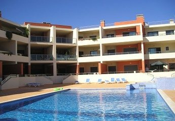 Apartment in Portugal, Meia Praia: Dunas do Mar swimming pool shared by only 28 properties