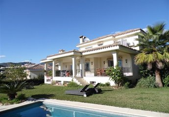 Villa in Spain, Las Brisas Golf: Villa view from Garden