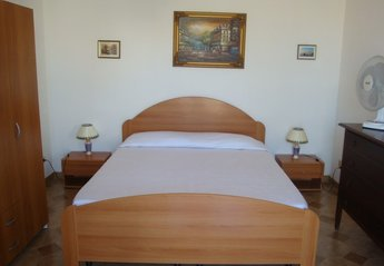 House in Italy, Pozzallo: Bedroom on first floor