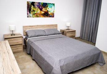 Apartment in Malta, Marsascala: Main bedroom with en-suite, a/c and balcony