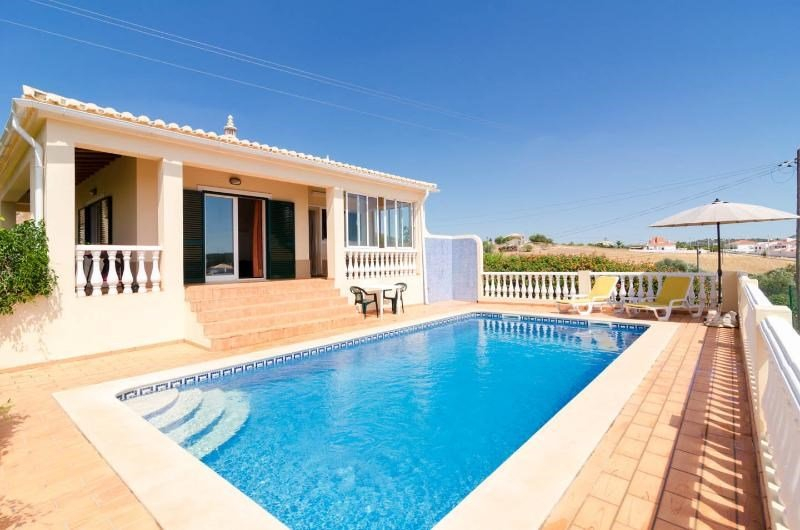 Villa in Portugal, Săo Bartolomeu de Messines: Fabulous gated pool area with panoramic countrysid..