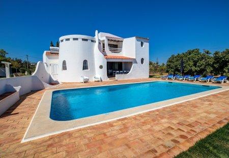 Villa in Vale Centianes, Algarve