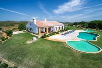 Villa in Portugal, Sagres: Exterior and swimming pools