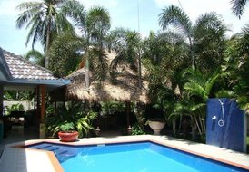 Villa in PAK NAM PRAN, Thailand: View of Pool and Dinning Area