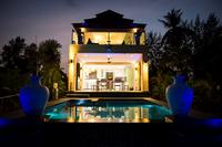 Villa in Thailand, Koh Chang: Palm Island Villa at dusk.