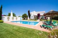 Villa in Portugal, Gale: Picture 1 of Villa Bougainvillea