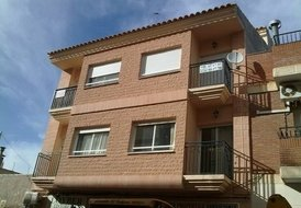 Lovely 2 bedroom apartment .short & long rentals (3 to 4 people)