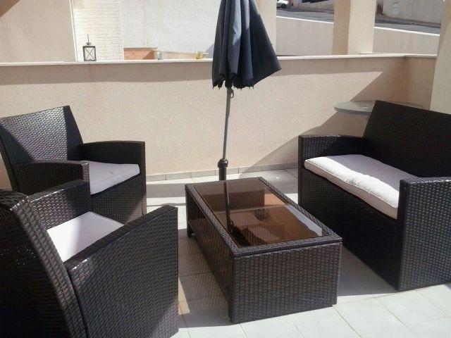 Mojon Hills, Ground Floor Apartment, Wi-Fi, Air Con, Large garden